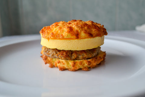 Sausage, Egg, & Cheese on a Low-Carb Cheesy Bagel (4-Pack)