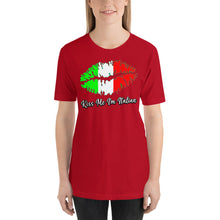 Load image into Gallery viewer, Kiss me I'm Italian Short-Sleeve Unisex T-Shirt - Guidogear