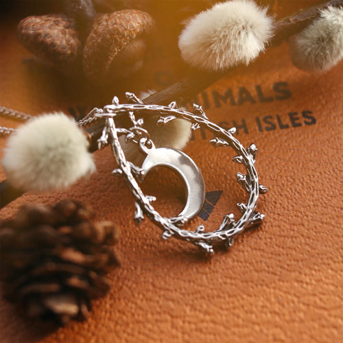 Crescent Moon Thorn Wreath Silver Necklace