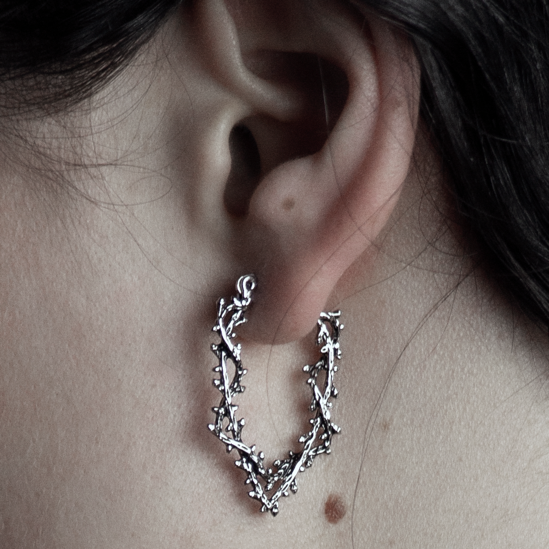 Silvestre Wishbone Thorn Branch Hoop Earrings *Colour Select