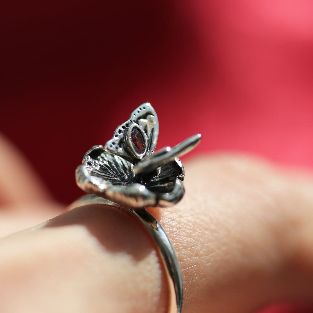 Raven's Blood Bird Skull Gothic Ring Style 01