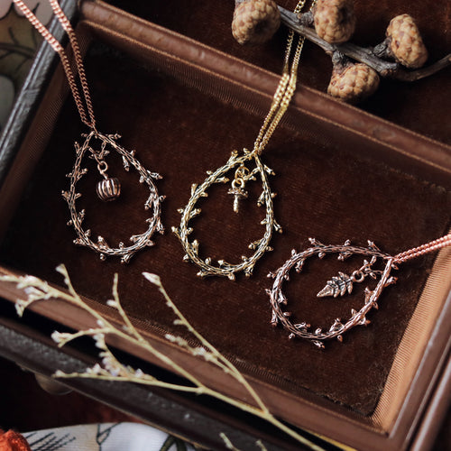 Natura Thorn Teardrop Necklace *Style Selection