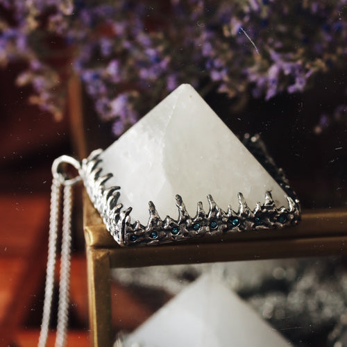 Freyr Selenite Icicle Crystal Pyramid Necklace #05