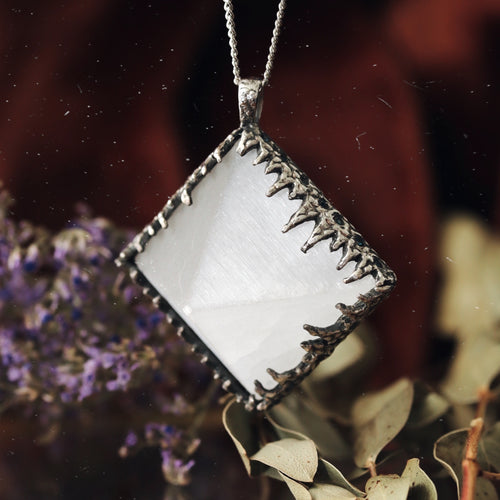 Freyr Selenite Icicle Crystal Pyramid Necklace #06
