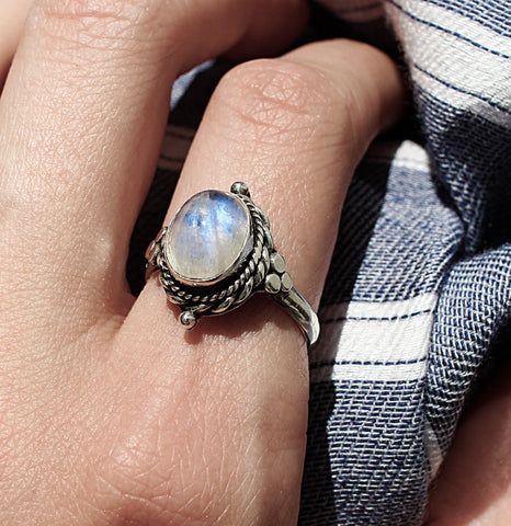 4 LEFT | Little Luna Moonstone Ring