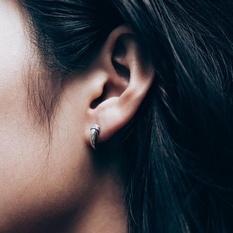 Oxylus Claw Earrings