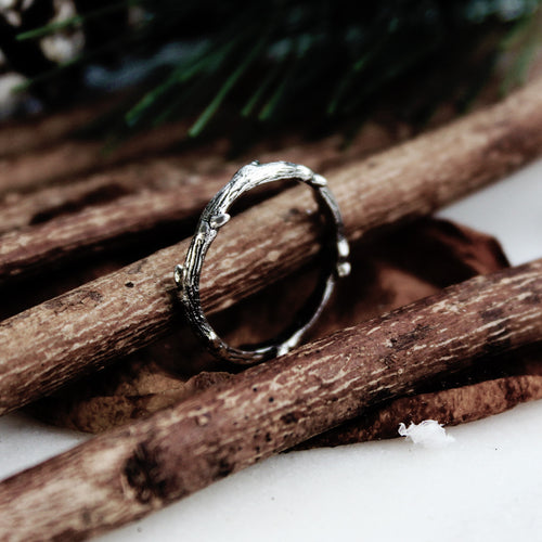 Hysminai Single Wrap Gothic Thorn Branch Ring