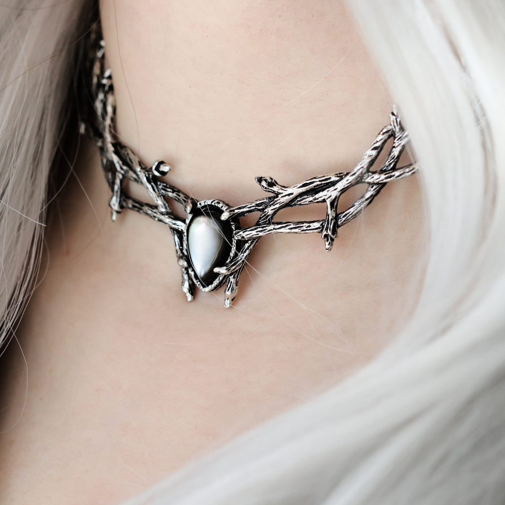 Skadi Goddess Of Winter Thorn Choker Black Pearl Silver