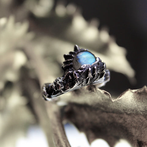 The Lair Labradorite Moon Ring