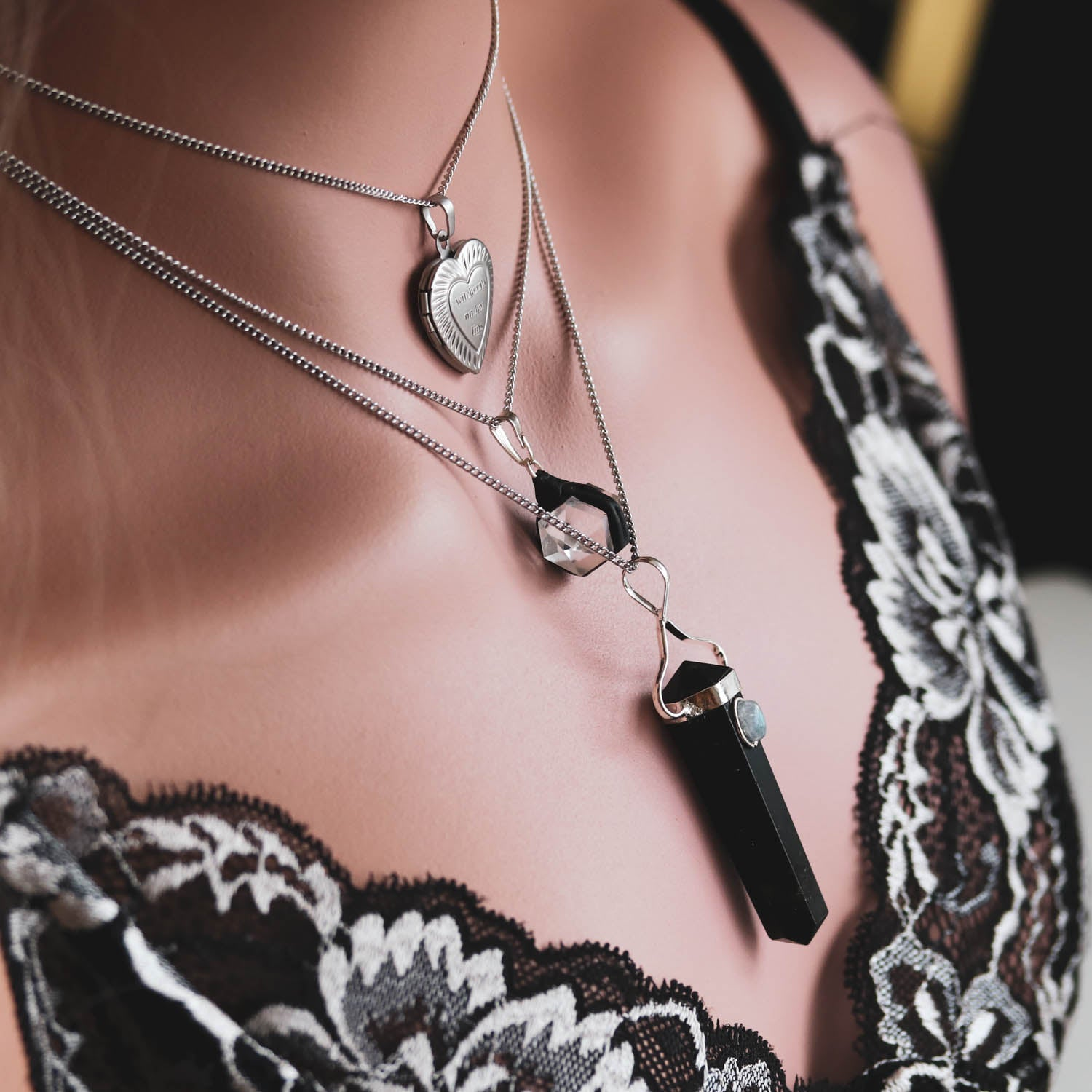 Witchcraft On Her Lips Locket Necklace | Harmony Nice X Dixi