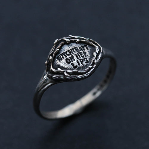 Witchcraft On Her Lips Gothic Ring | Harmony Nice X Dixi