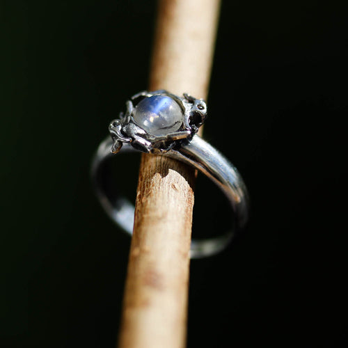 Leaping Hares Moonstone Ring | Harmony Nice X Dixi