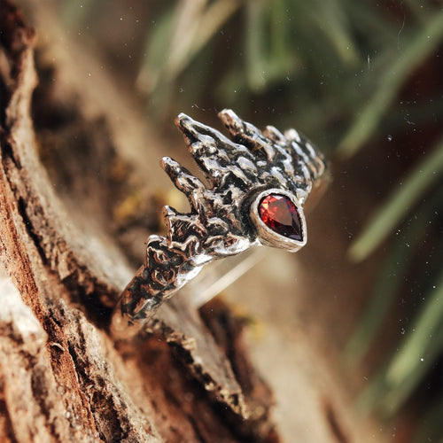 Sigma Octantis Icicle Sterling Silver Ring Royal Red