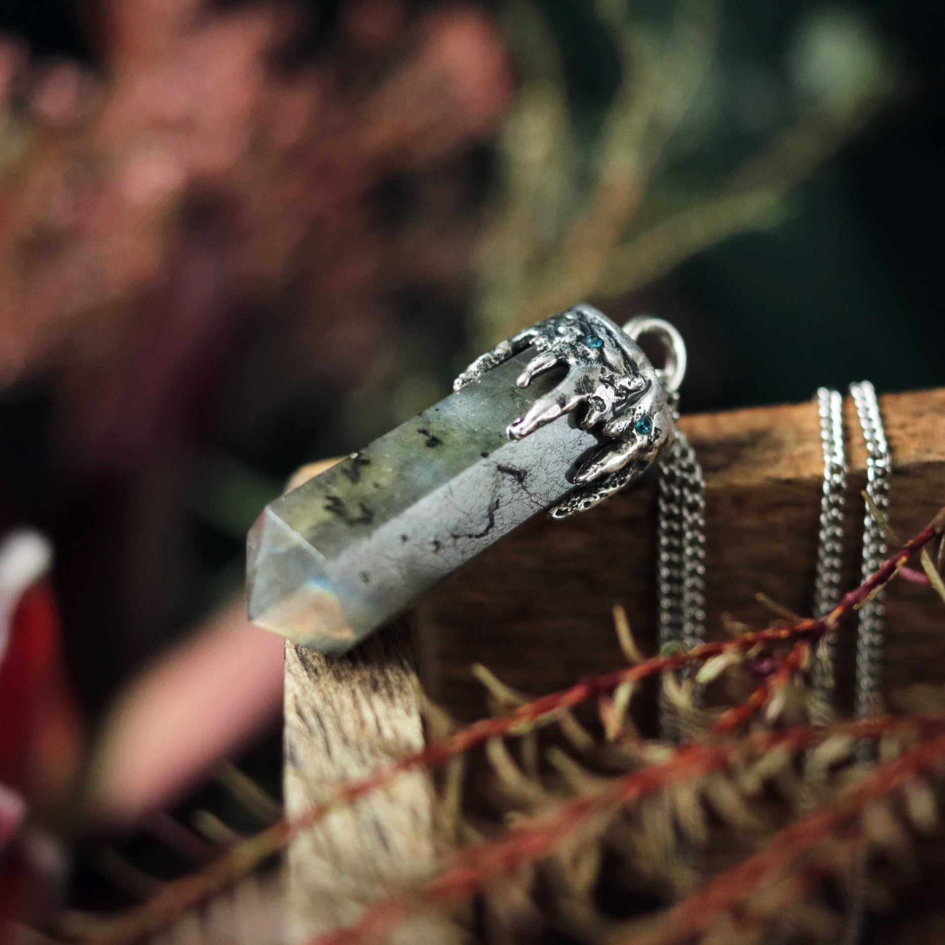 Icicle & Labradorite Crystal Point Necklace