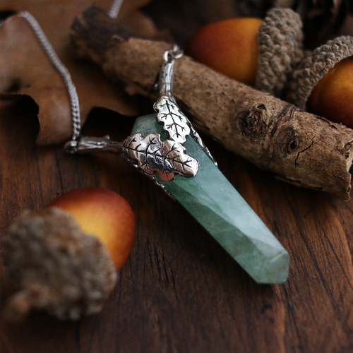 The Oaks Grasp Fluorite Necklace | Talent Scout Winner