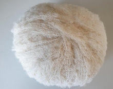 Load image into Gallery viewer, baby alpaca boucle knitting yarn cream