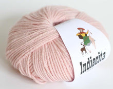 Load image into Gallery viewer, alpaca 8ply DK Pastel Pink