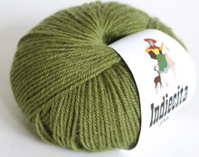 Load image into Gallery viewer, alpaca 8ply DK olive