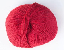 Load image into Gallery viewer, alpaca 8ply DK scarlet