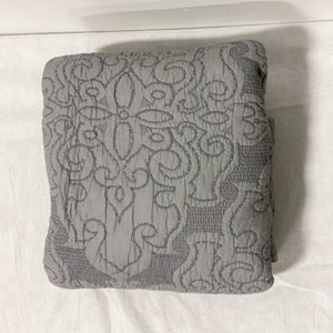 Grey Quilt (Twin)