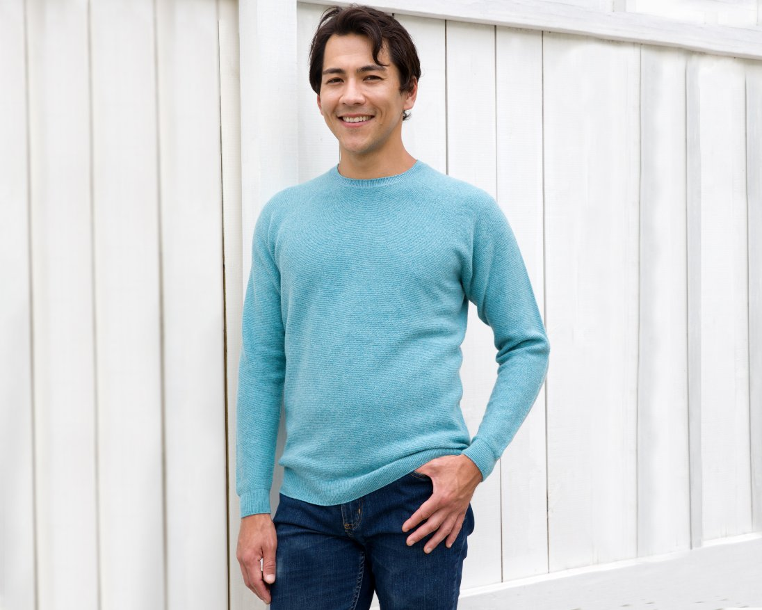 OLIVER CHARLES - Limited Edition Emerald Blue Crew Neck Sweater - Smart Casual Sweater For Daily Wear - WHOLEGARMENT 3D-Knit - Merino & Yak Wool Khullu