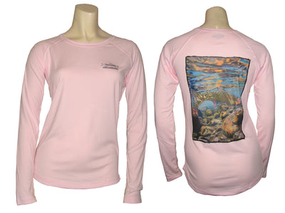 Women's Sun Protective Fishing Shirt Pink Blossom/Freestone Cutthroat Trout