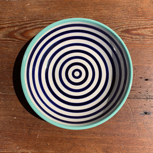 Shallow serving dish navy stripe