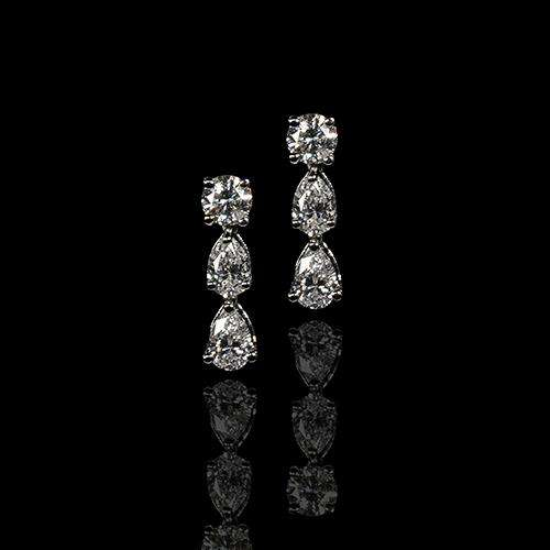 18k White Gold Earrings with Round and Pear Shaped Diamonds - saba diamonds