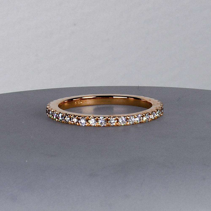 2.5 Pointer Eternity Band