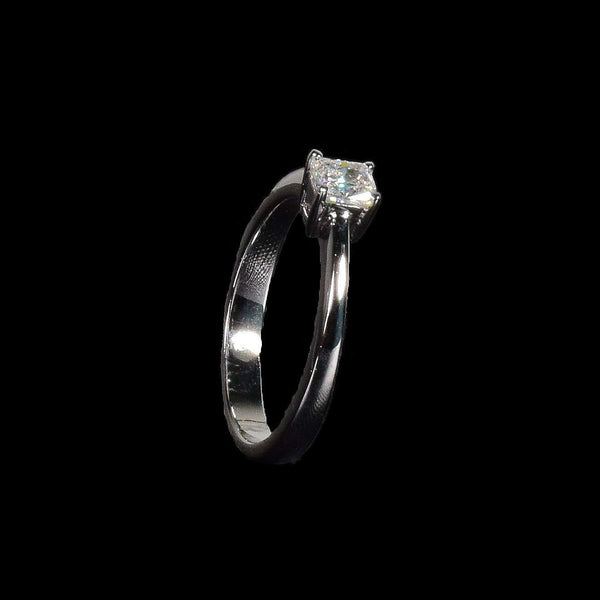 0.41ct Cushion Cut Solitaire in 18k White Gold - saba diamonds