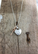 Load image into Gallery viewer, Secret Love locket Necklace with key.