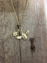 Load image into Gallery viewer, 9ct Gold Honey Bee and Fixed Diamond set flower necklace by Jeffs Jewellers