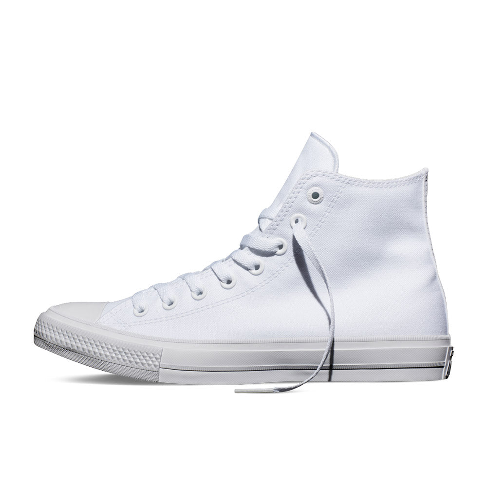 Converse Chuck Taylor All Star II Hi. 150148C. White/white/navy.