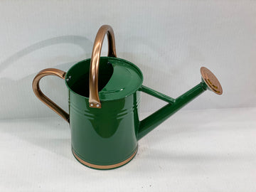 METAL WATERING CAN 1 GALLON