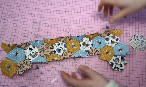 Creating a design using hexagons hexies quilting patterns
