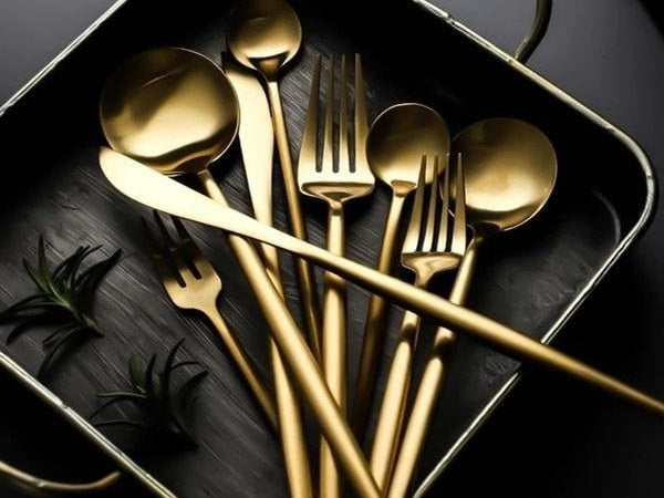Matte catherine cutlery set in a box