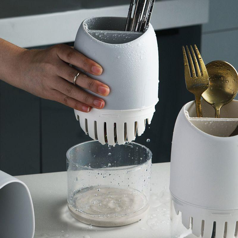 Showing cutlery in a vileep cutlery drainer