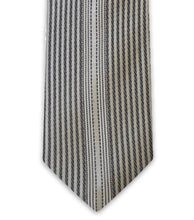 Light Grey Vertical Stripe Silk Tie - William Hunt Savile Row  - 2