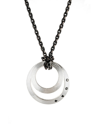 Clasp Pendant black diamonds