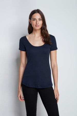 Luxury Short Sleeve Boat Neck T-Shirt - Comfortable Navy Boat Neck - High Quality T-Shirt