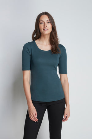 Mid-Weight Flattering Half Sleeve Green Scoop Neck T-Shirt - Quality Half Sleeve Scoop - Classic Silhouette