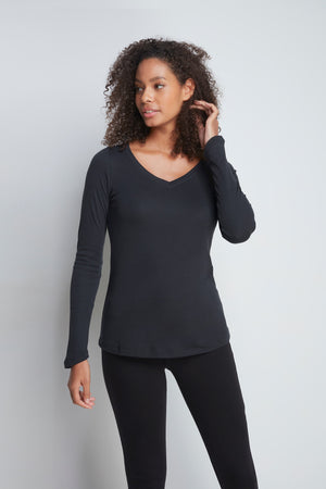 High Quality Long Sleeve V-Neck T-Shirt - Comfortable V-Neck T-Shirt - Flattering Long Sleeve T-Shirt - Soft Black Long Sleeve V-Neck