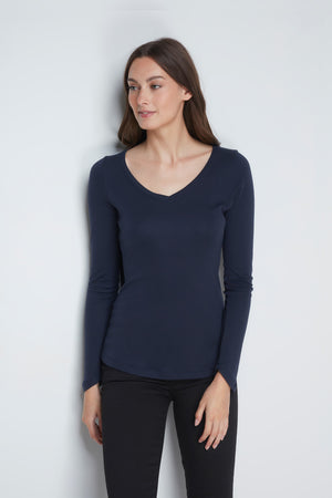 High Quality Long Sleeve V-Neck T-Shirt - Comfortable V-Neck T-Shirt - Flattering Long Sleeve T-Shirt - Soft Navy Long Sleeve V-Neck