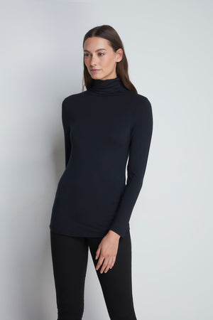 High Quality Long Sleeve Polo Neck - Comfortable Polo Neck - Flattering Long Sleeve T-Shirt - Soft Black Long Sleeve Polo Neck