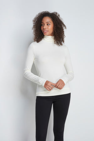 High Quality Long Sleeve Polo Neck - Comfortable Polo Neck - Flattering Long Sleeve T-Shirt - Soft White Long Sleeve Polo Neck