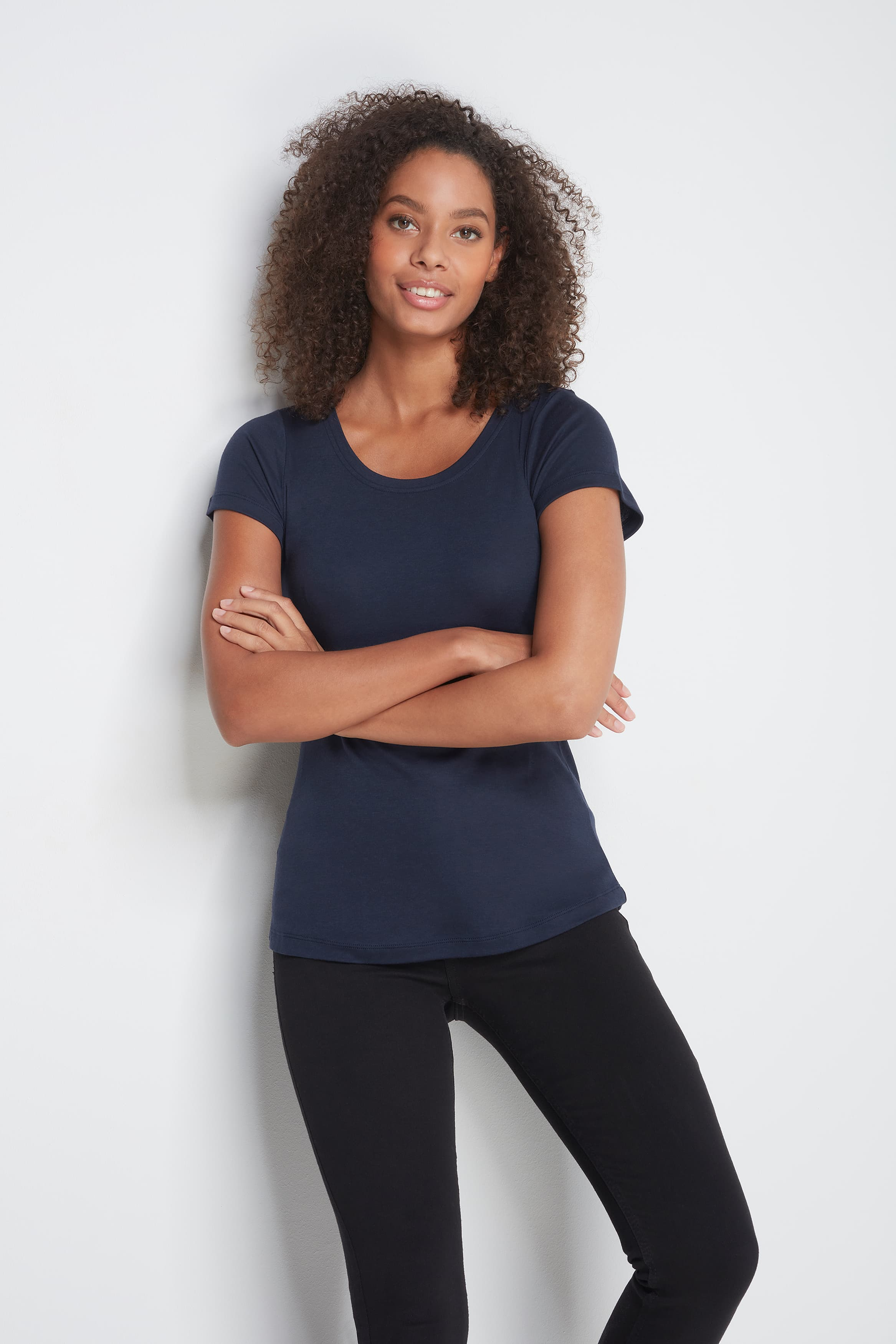 Classic Short Sleeve Scoop Neck T-Shirt - Mid-Weight Flattering Navy T-Shirt - A Comfortable Quality Staple