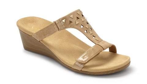 Vionic Maggie in Camel Patent,Black Patent