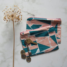 Load image into Gallery viewer, Retro Geometric Zip Purse