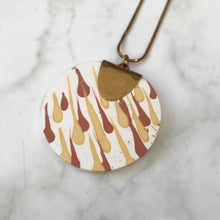 Load image into Gallery viewer, Jesmonite Circle Pendant