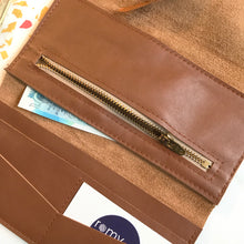 Load image into Gallery viewer, Tan Leather Wrap Wallet